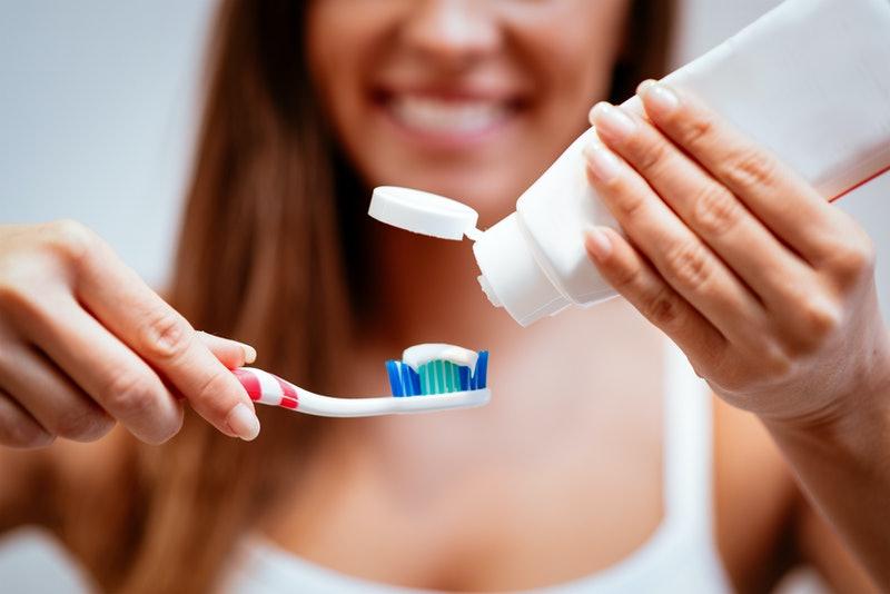 Hãy nhớ đánh răng thường xuyên sau khi tẩy trắng